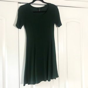 Forever 21 Fall Hunter Green Short Sleeve Dress S